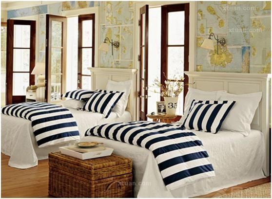 装修案例,希望大家喜欢。   一.体验大自然现代木质结构卧室装修效果图:   木质结构的背景墙和宽敞的窗户是此卧室的一大亮点。就连被套的颜色也与木质背景墙的颜色形成了统一,再加上白色的辅助,使卧室显得非常有层次感。大大的窗户,把窗外的景色突显得淋漓尽致,窗外的景色反过来似乎又是一副天然的装饰画,给卧室增添了部少趣味。    二.