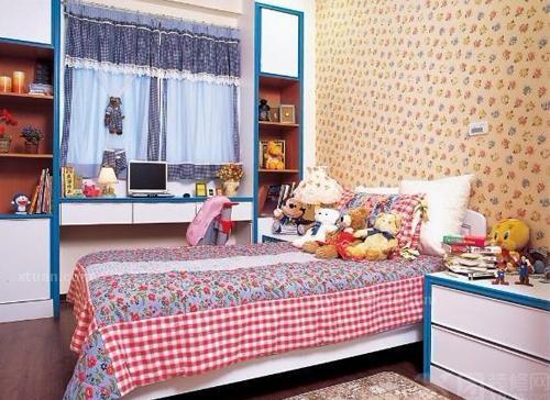 背景墙相互照应,可爱的毛绒玩具充斥着房间的每一个