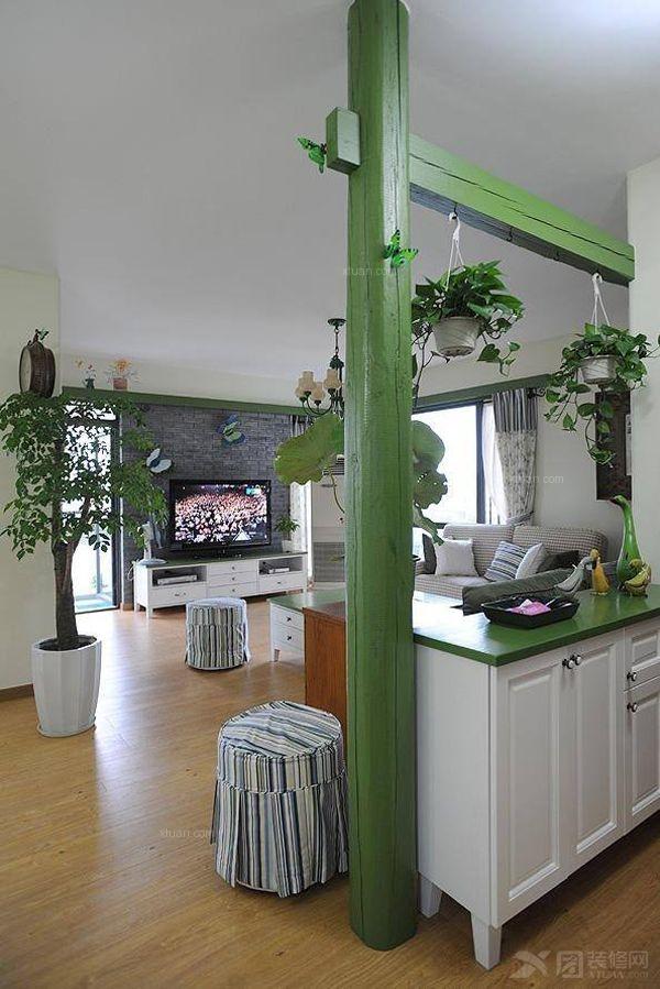 客厅隔断柜设计 美观又实用图片