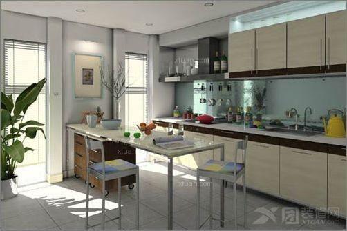 厨房的地台不能高于其它房间的地台,这样的话会令一家人的图片