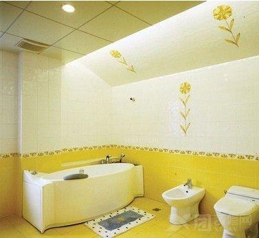 家里的卫生间在装饰时,做好水路,电路问题的全面布局时,我们还要在
