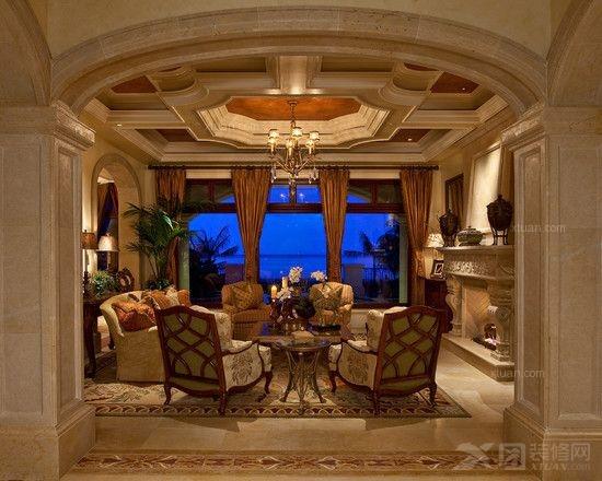 低调的唯美与奢华的欧式客厅窗帘设计图片