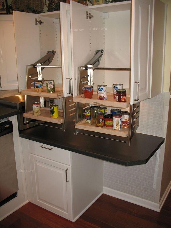 厨房吊柜或其他吊柜下沿句地面尺寸应降低至 1200~1400mm 区间;或使用图片