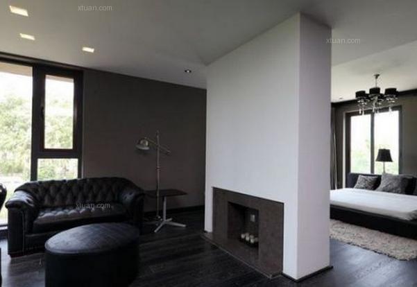 对于很多小户型房屋来说,合理地分配空间的面积是极为重要的。将卧室与客厅进行隔断装修可以节省空间,还能起起到斗争作用,将两者的界限明确分开。那么,卧室与客厅怎么隔断呢?卧室客厅隔断怎么做呢?下面X团小编就为您介绍几款卧室客厅隔断效果图。   卧室客厅隔断效果图一   光线串连-开放的动线格局,以光线串连家人感情。玻璃滑动门隔断是个最好不过的隔断方式,如果想打造独立的卧室空间,这样的隔断设计是最适合不过的。    卧室客厅隔断效果图二   弹性通道-在更衣室旁藏有拉门,未来有小宝贝时,主卧与现在的客房,马