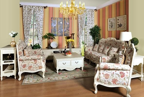客厅沙发套搭配什么颜色好看?