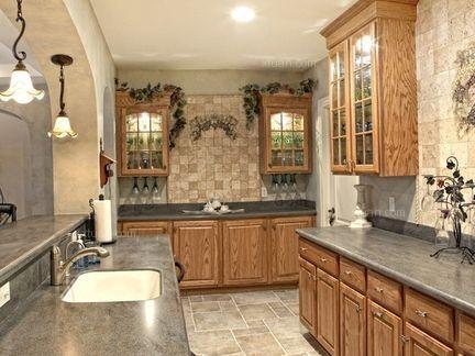 整体橱柜的台面什么材质好?