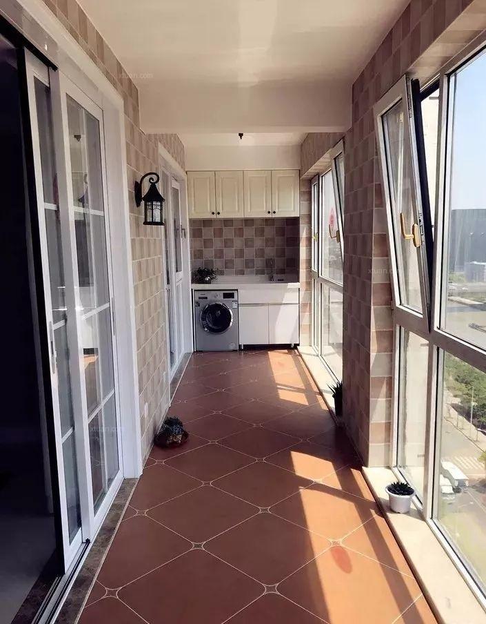 阳台瓷砖的装修效果图