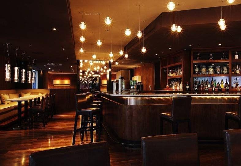 美式干风酒吧的装修技巧以及墙面的设计