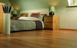 铺好地板以后如何正确验收?