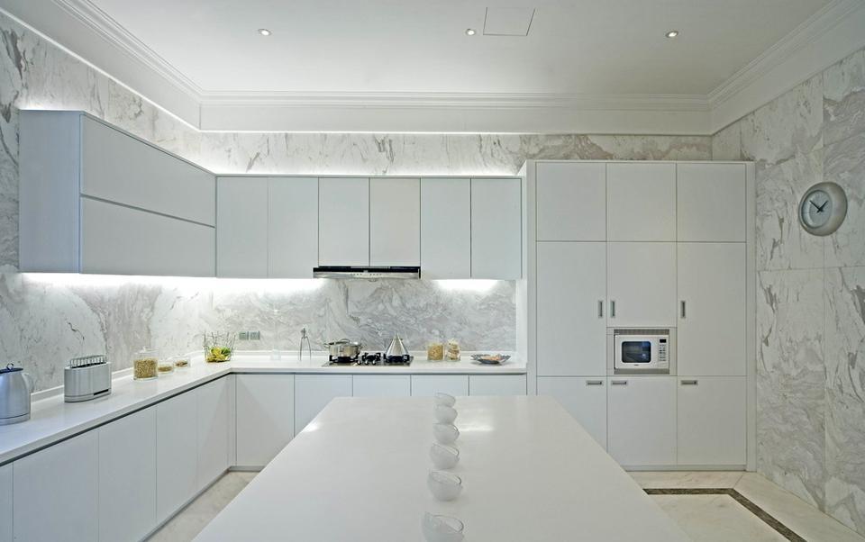 欧式敞开式厨房装修效果图