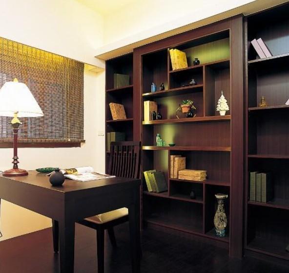 中式风格书柜家庭室内装修效果图图片