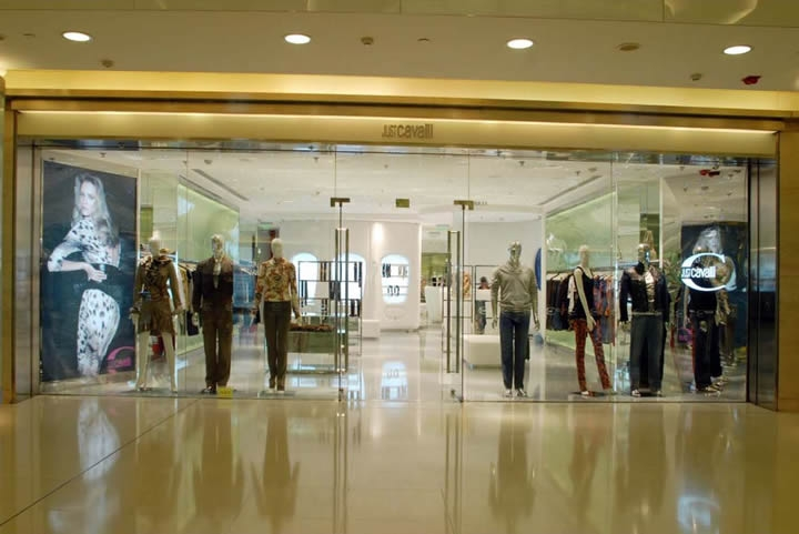 打造特色服装店设计装修效果图