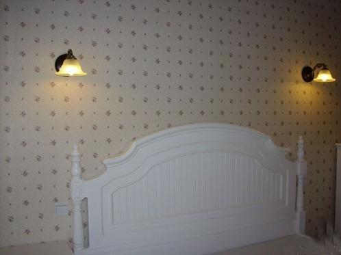 床头壁灯的安装步骤是什么图片