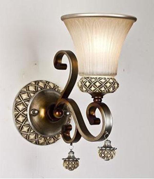雍容華貴的歐式壁燈裝修效果圖