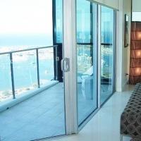 实用与美观兼顾的阳台设计装修效果图