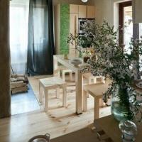 实木打造的小清新跃层家居设计装修效果图