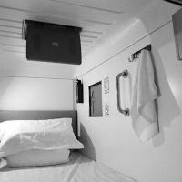 安全舒适的胶囊公寓装修效果图