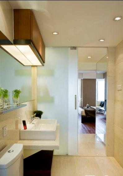 现代风格洗手间图装修效果图