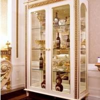 大气奢华的欧式格调酒柜装修效果图