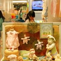 小型童装店装修效果图