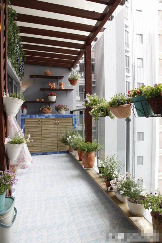 现代简约阳台花园
