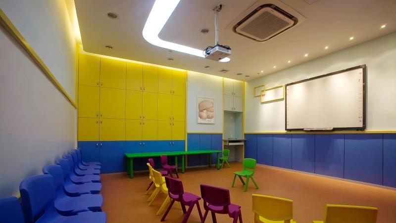 现代幼儿园装饰