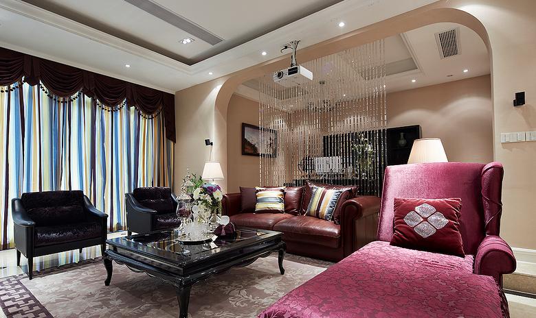 典雅的紫色沙发装修效果图