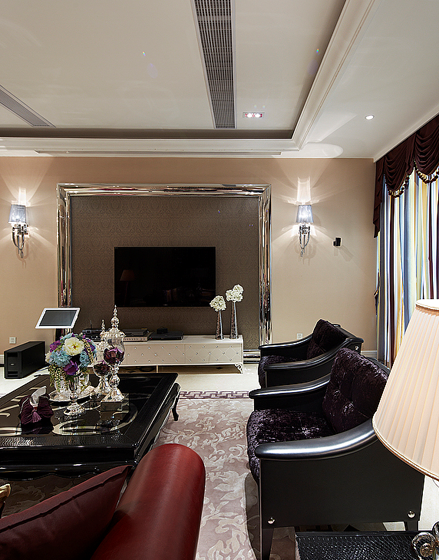 尽享高贵的客厅装修效果图