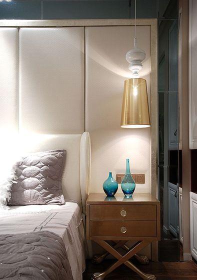 最新卧室床头柜装修效果图