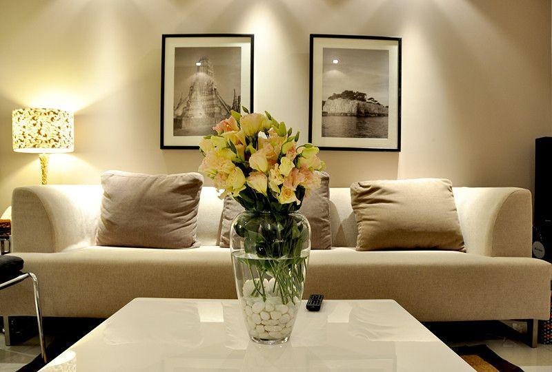 现代感沙发背景墙装修效果图