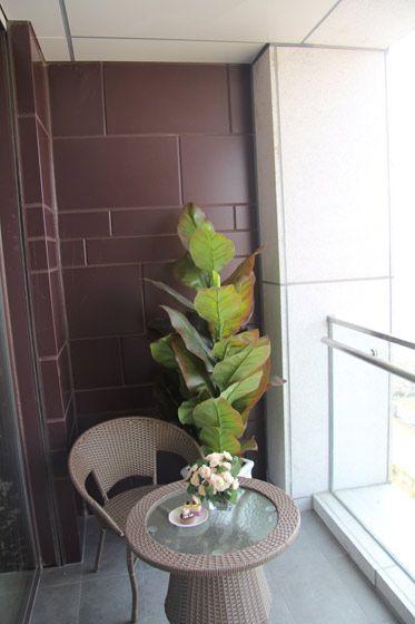 休闲舒适的阳台装修效果图