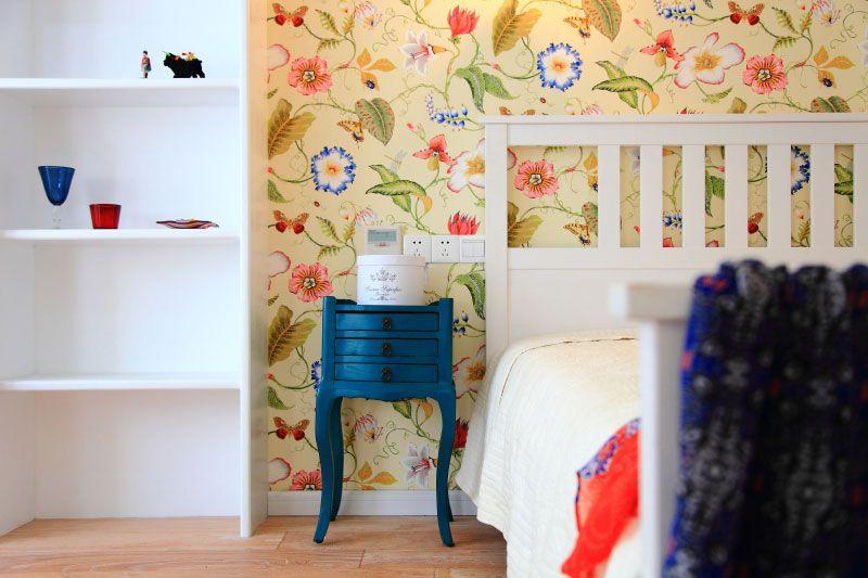 蓝色床头柜装修效果图