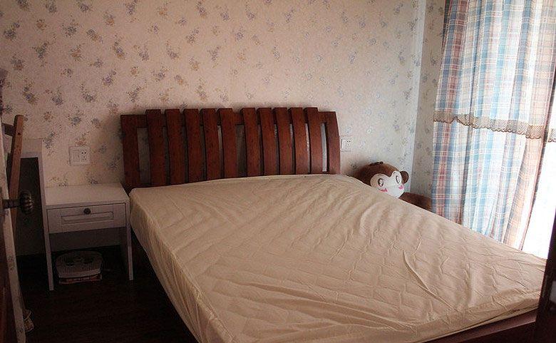 简单的乡村小卧室装修效果图