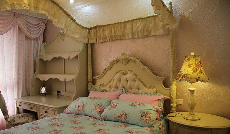 古典奢华的公主房装修效果图
