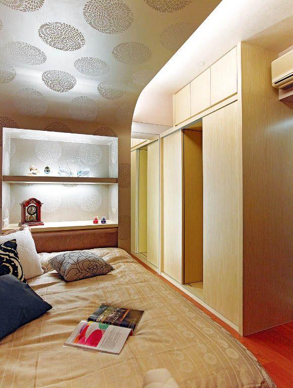 卧室独立更衣间装修效果图