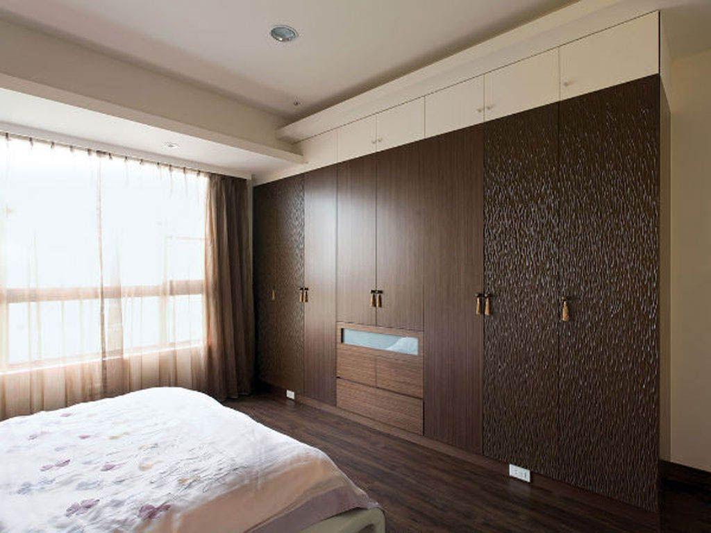 卧室实木衣柜墙装修效果图