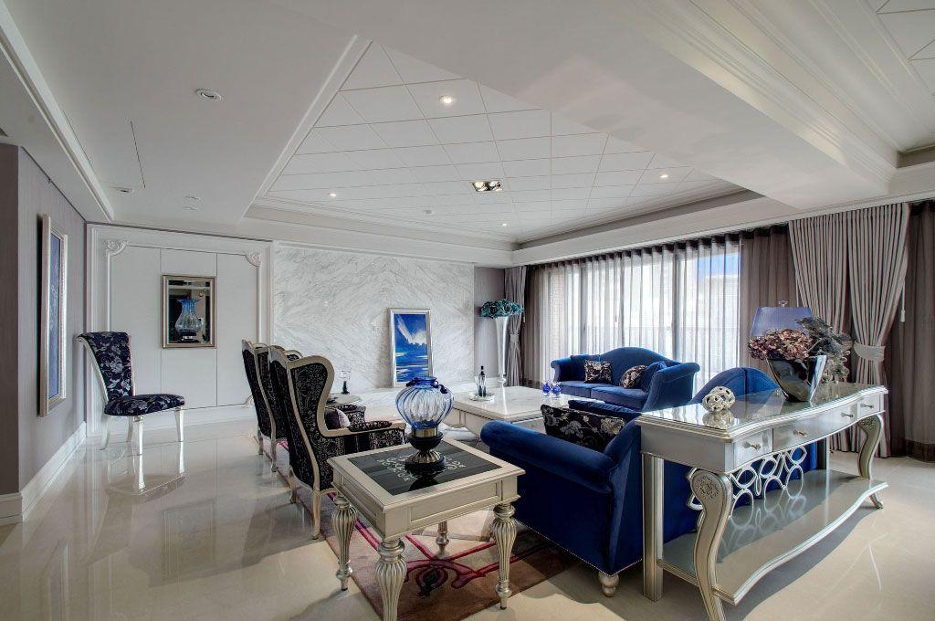 蓝色欧式古典沙发装修效果图