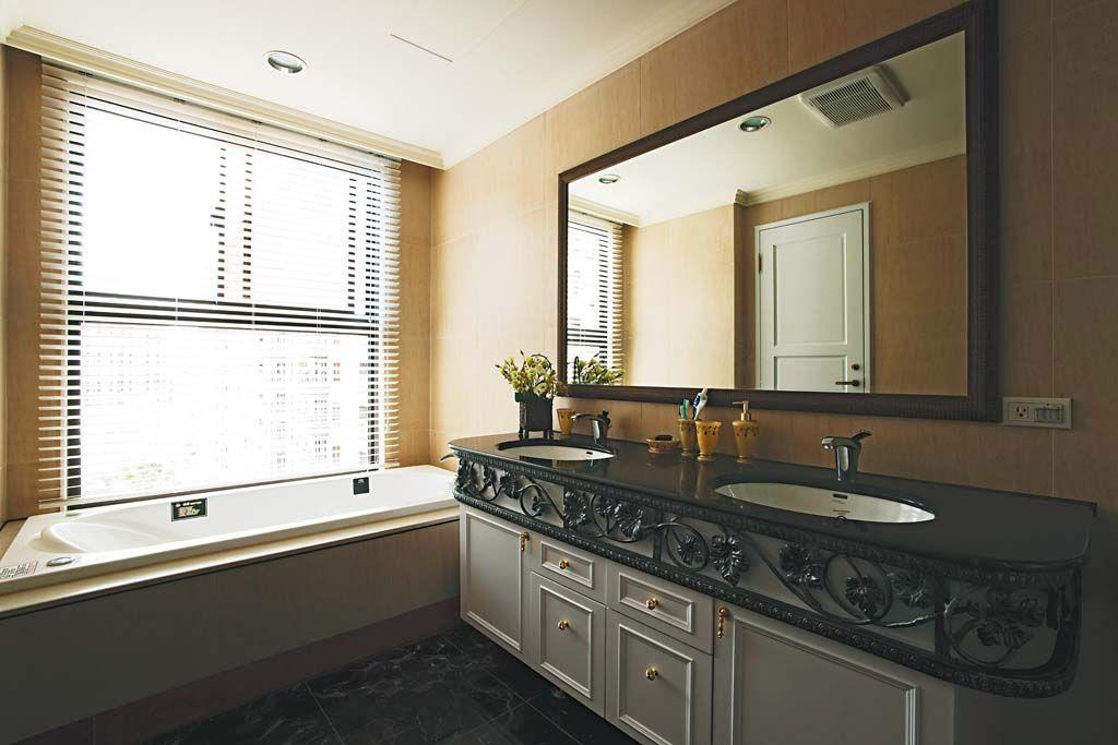 古典家居卫浴装修效果图