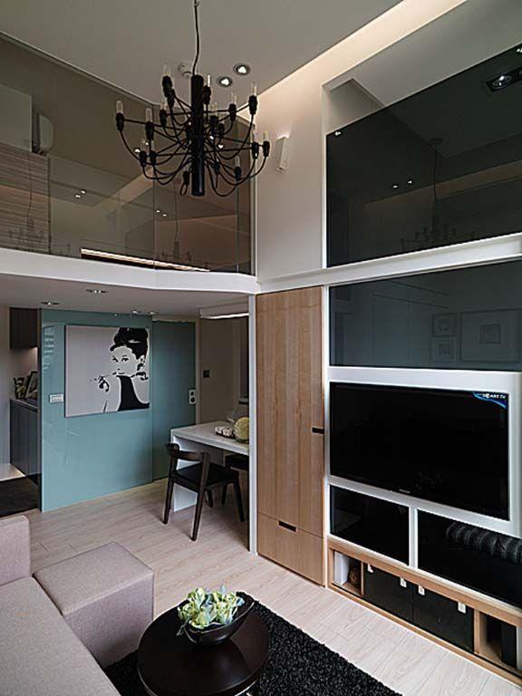 镜面材质电视墙装修效果图