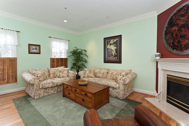 交换空间沙发背景墙