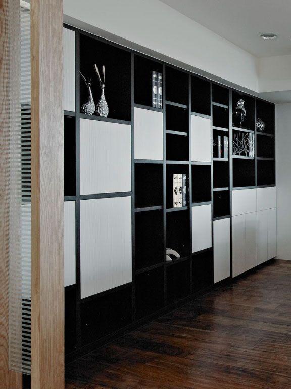 随性设计的书柜装修效果图